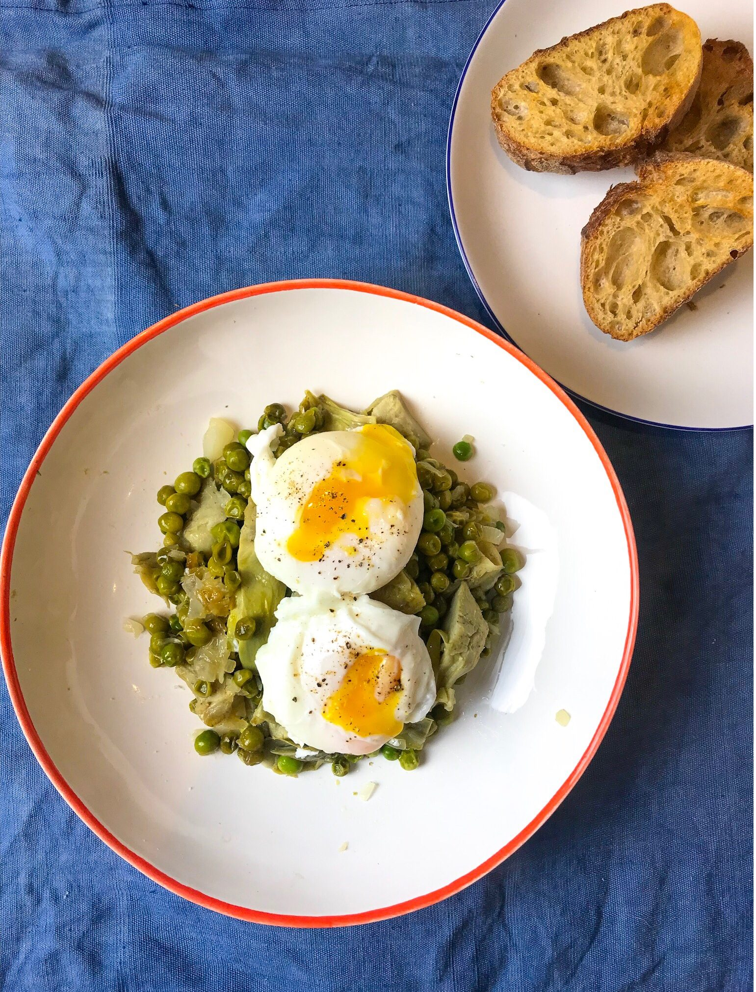 Poached eggs with artichoke & peas