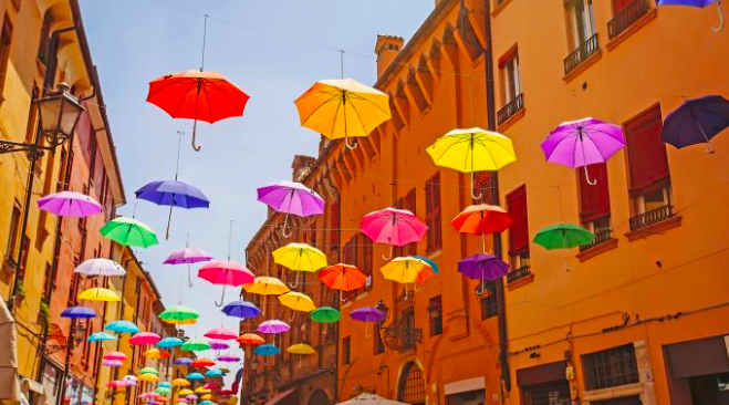 Where to stay and eat in Bologna on a budget